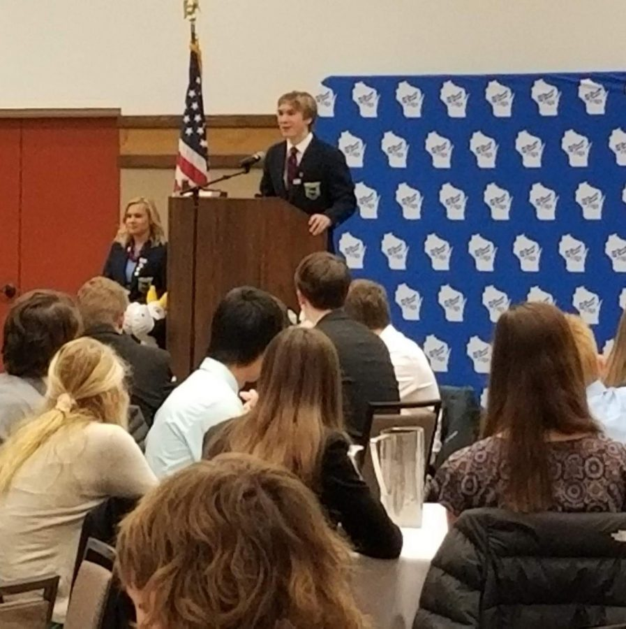 FBLA+Region+6+Vice+President+David+Suttner%2C+a+sophomore+at+CHS%2C+speaks+during+the%0AWisconsin+Fall+Leadership%0AConference+at+Stevens+Point+in+November.