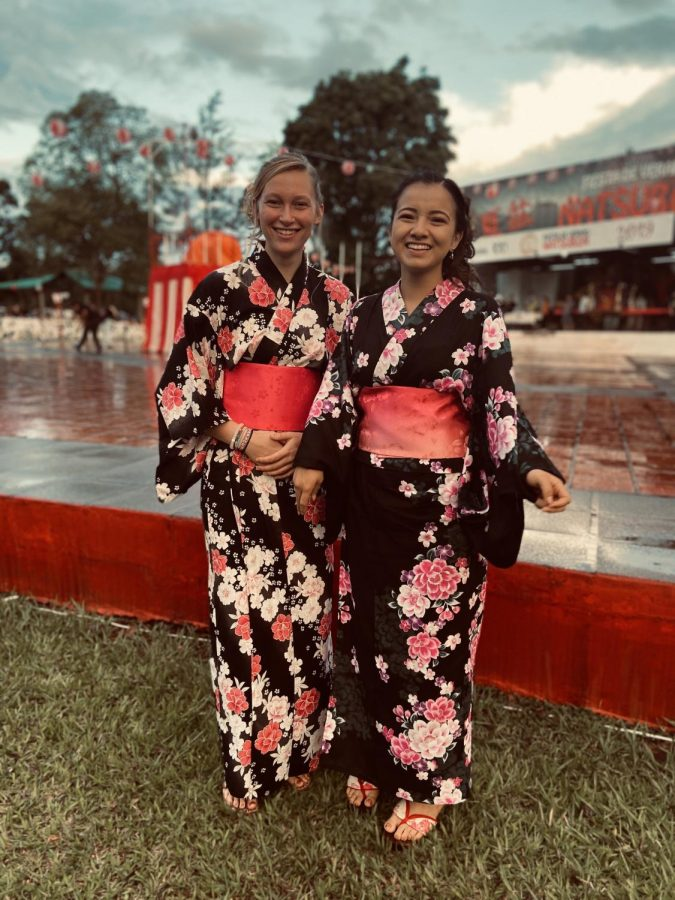 CHS+senior+Amber+Halbach+and+Thais%2C+her+host+sister%2C+wear%C2%A0kimonos+for+a%0AJapanese+festival+in+Yguazu%2C+Paraguay%2C+where+over+75+percent+of+the+population+is+of+Japanese+descent.